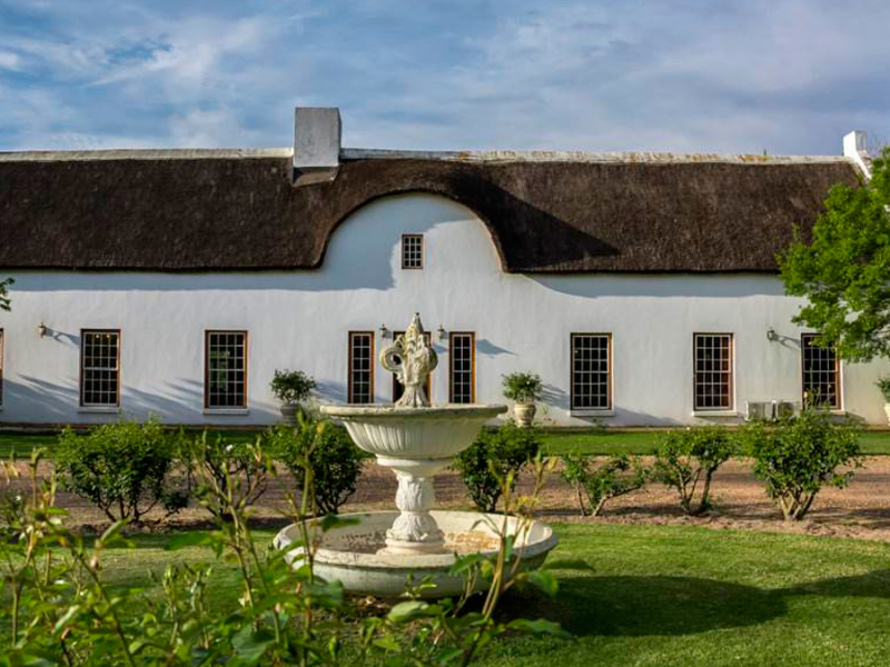 cape-dutch-bouwstijl-in-wellington-zuid-afrika.jpg