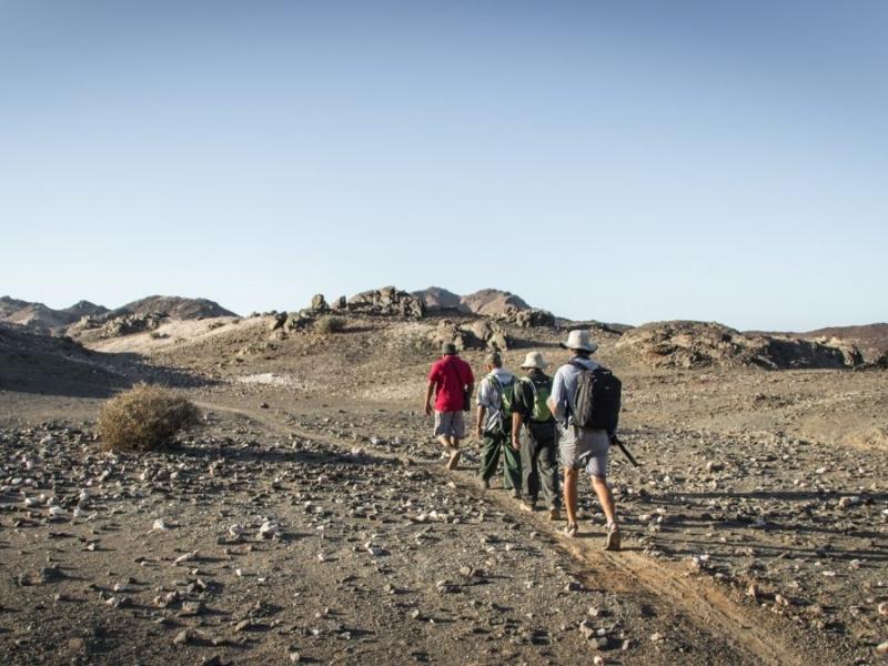 richtersveld-national-park-zuid-afrika-visitors-hiking.jpg