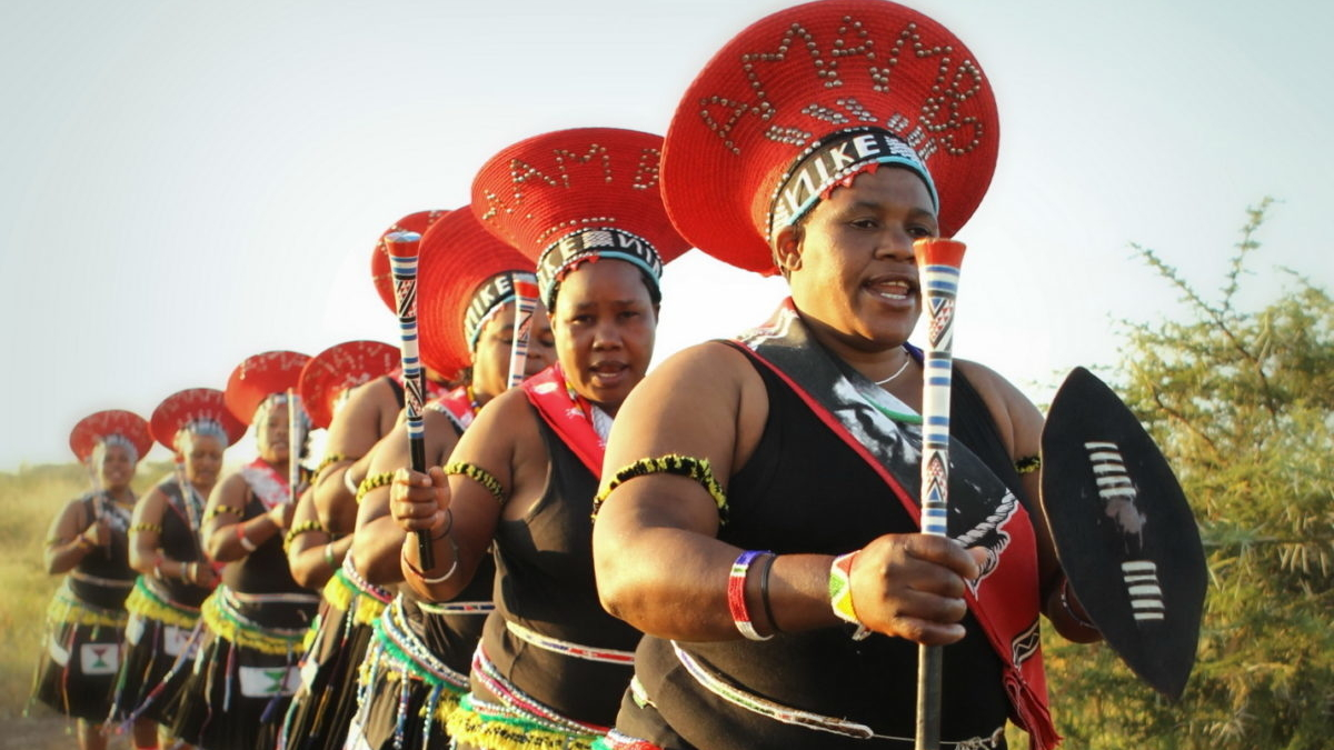 tzc022-zulu-culture-photo-by-christian-sperka-1200x1612.jpg