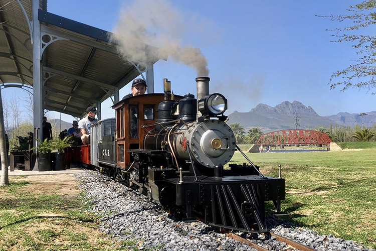 to-do-kids-winelands-light-railway