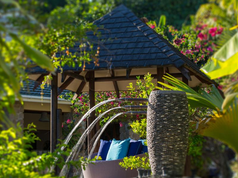 black-parrot-suites-praslin-seychelen-lounge