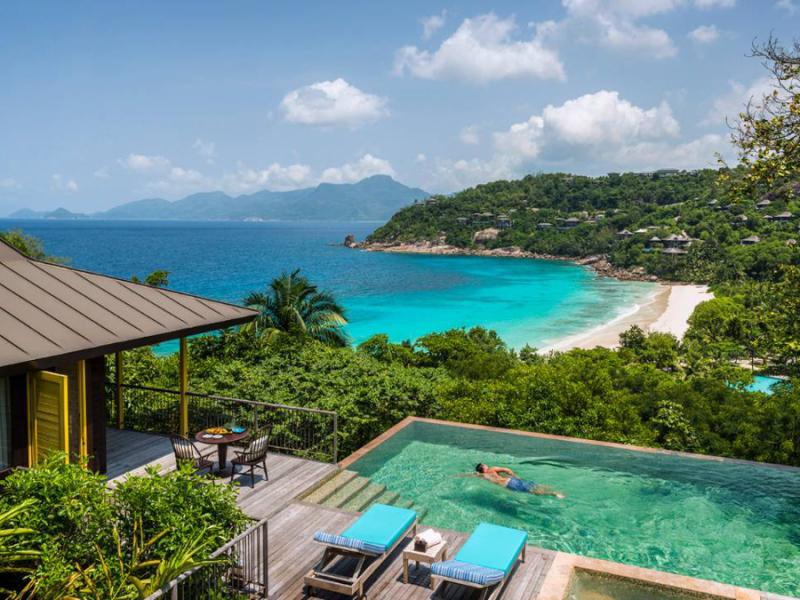 four-seasons-resort-seychellen-zwembad-villa