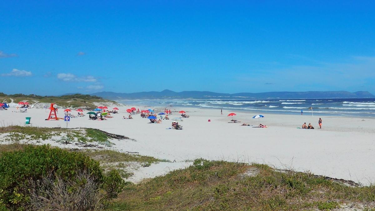 grotto-beach-hermanus-south-africa