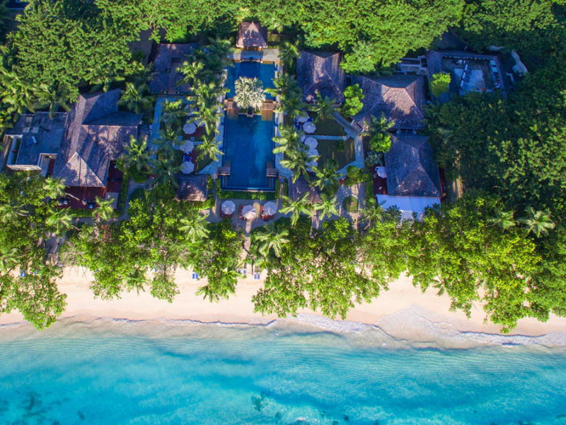 hilton-labriz-resort-spa-sihouette-island-seychellen-luchtfoto