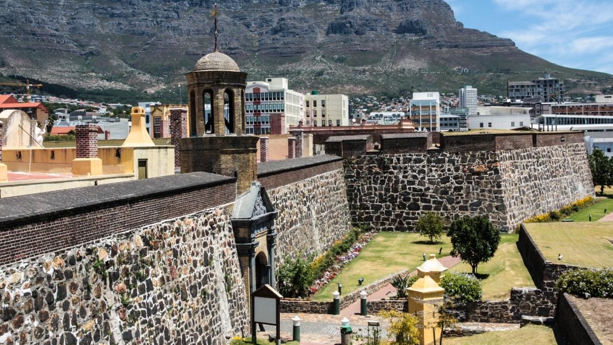 kasteel-de-goede-hoop-capetown-south-africa