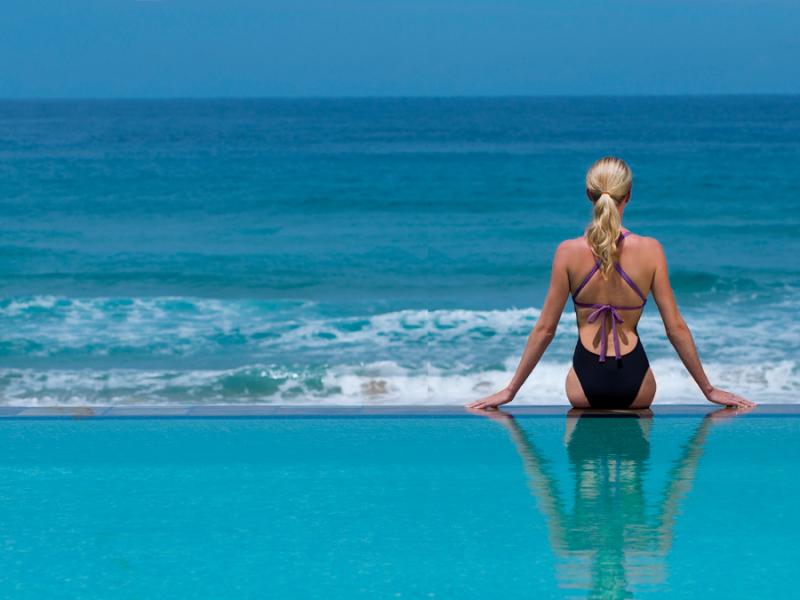 mozambique-white-pearl-beach-pool