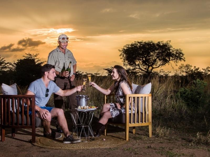 safari-sunset-drinks