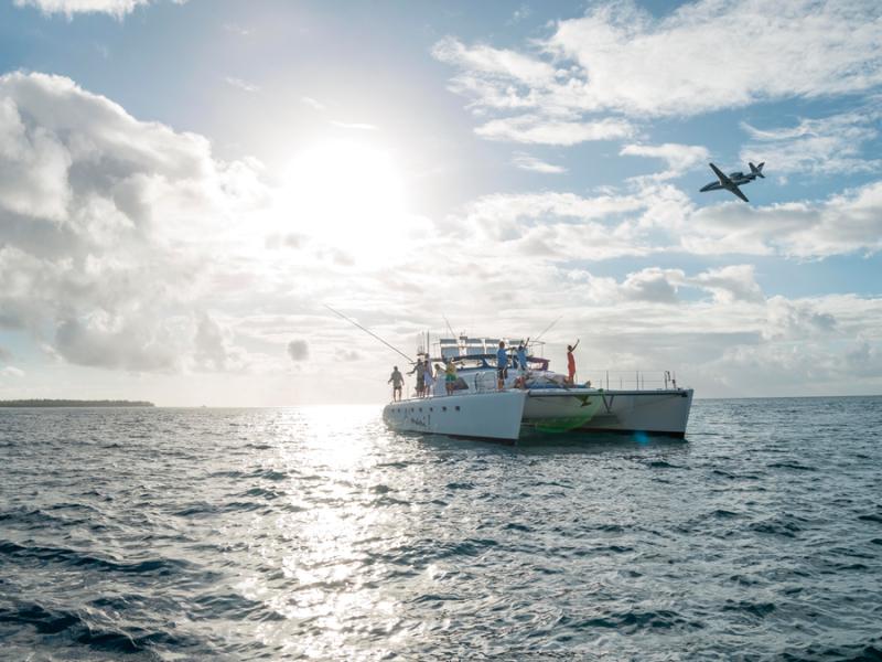 seychellen-jacht-vliegtuig