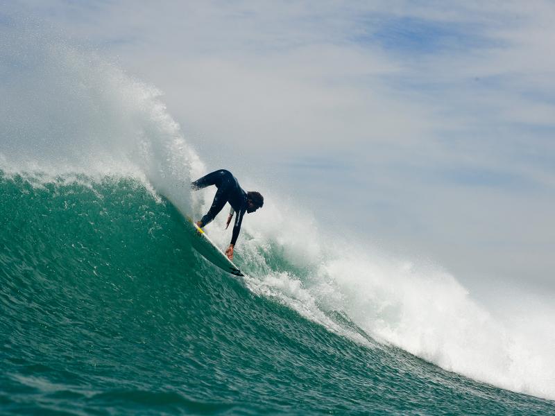 surfen-in-jeffreys-bay-in-zuid-afrika