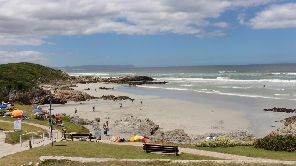 voelklip-beach-hermanus-south-africa