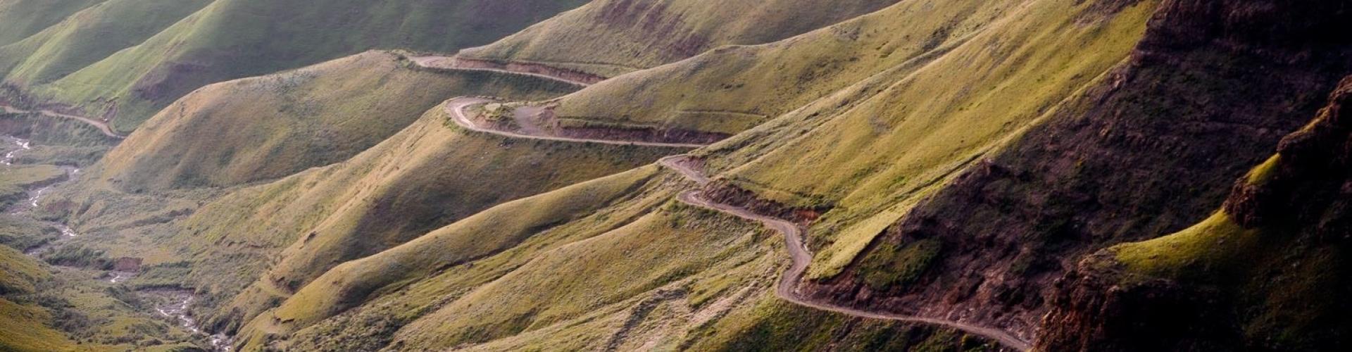 bergpassen-en-bergrouten-in-zuid-afrika-in-sanipas