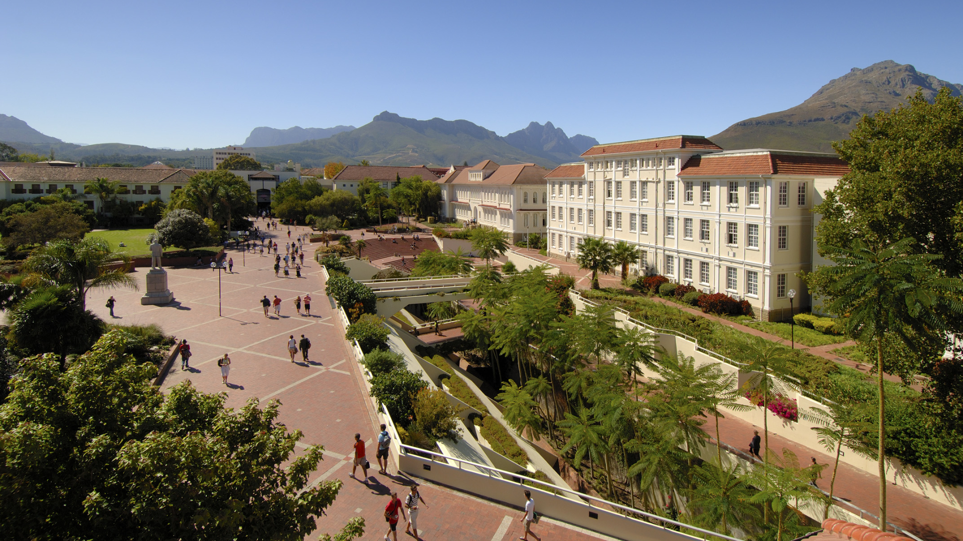 stellenbosch-university-rooiplein