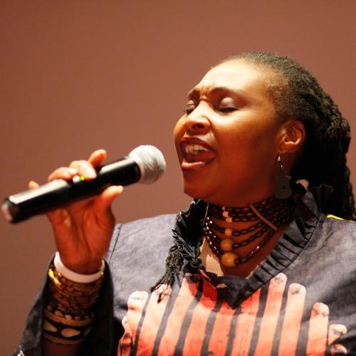 Muziek Zuid-Afrika - Yvonne Chaka Chaka