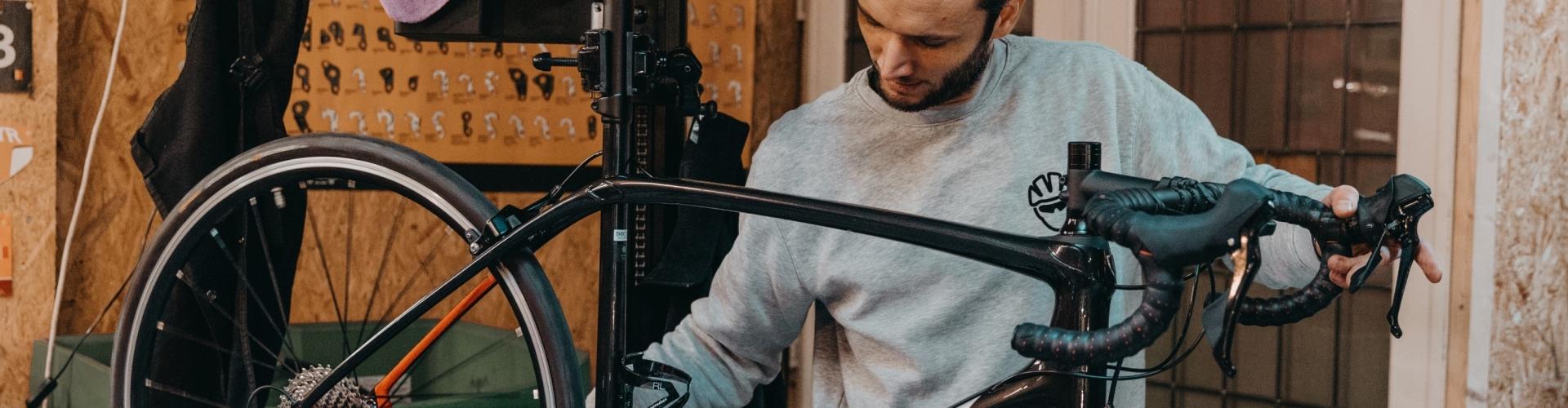 Fietsherstellingen en custom build fietsen