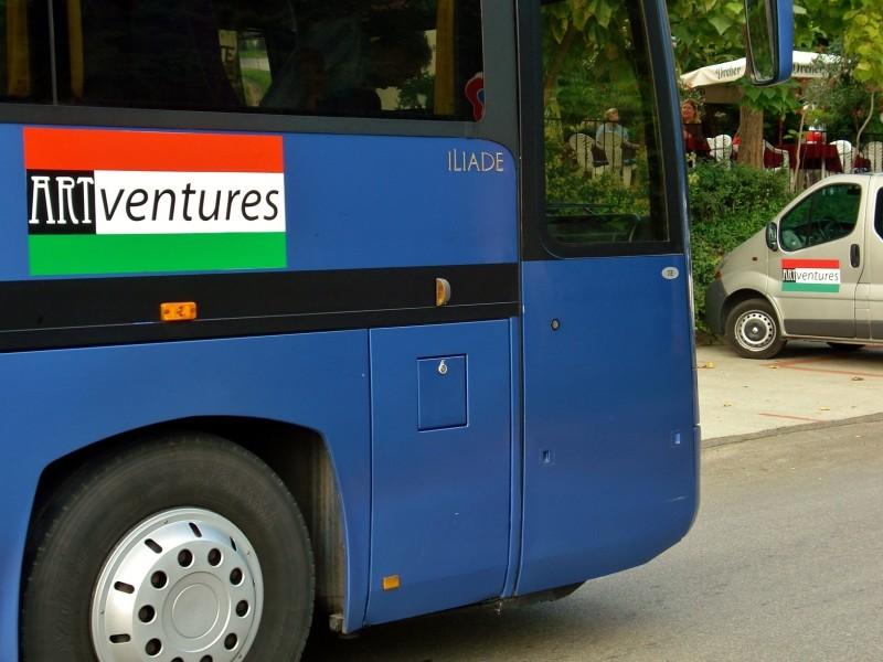 Fietsvakanties in Hongarije met passend vervoer voor elke groep o.a. minibussen en touringcar