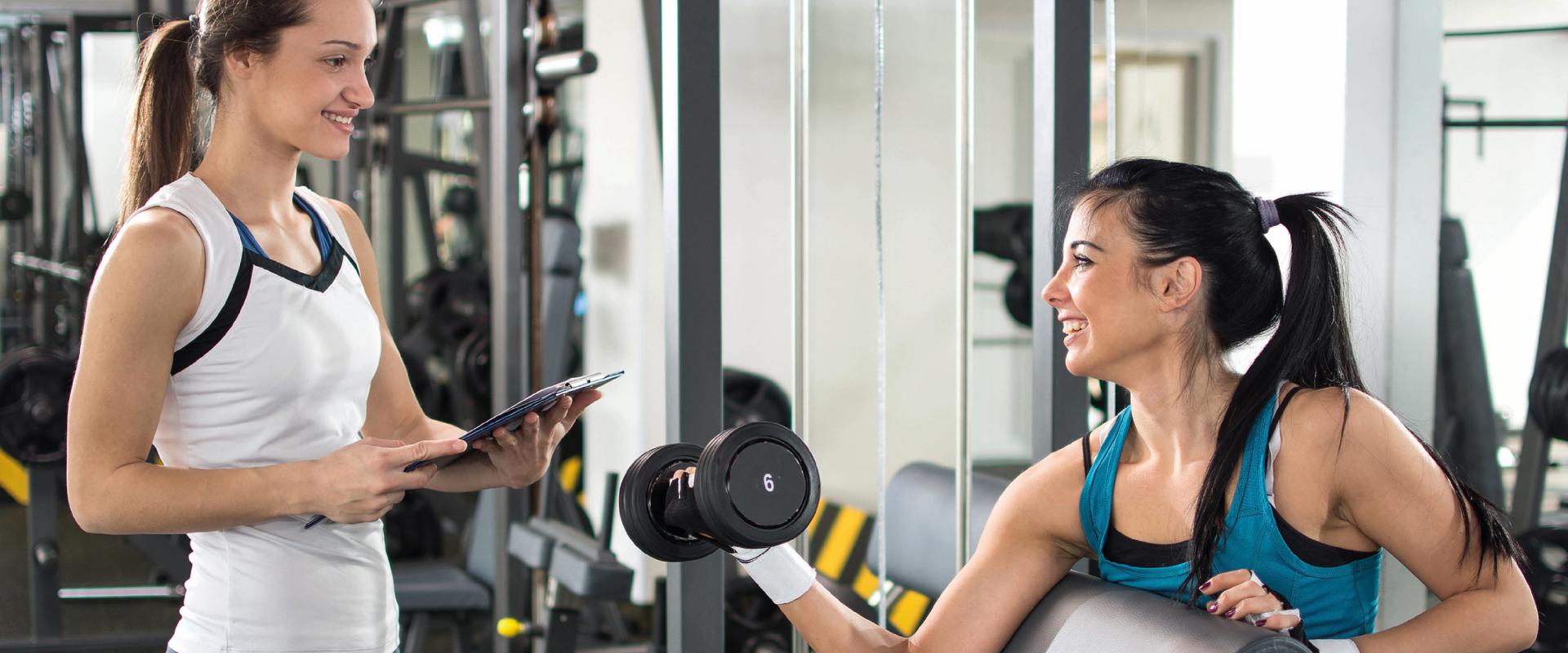 Thuis sporten en 3 tips om het zwaarder te maken