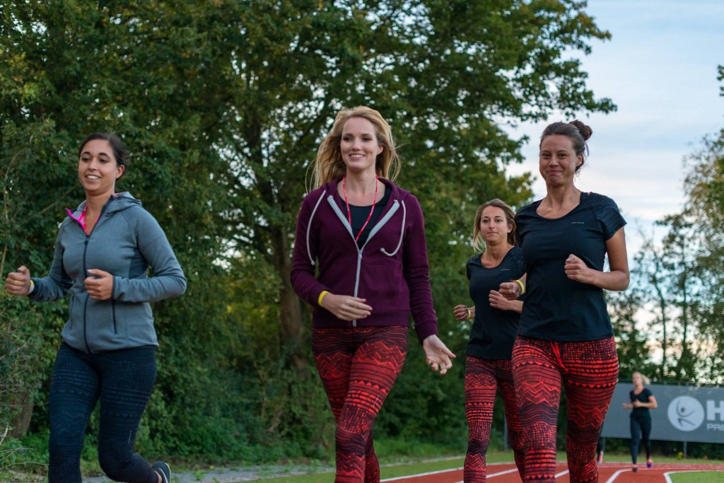 HealthCity_fitgirls_outdoor_bootcamp1