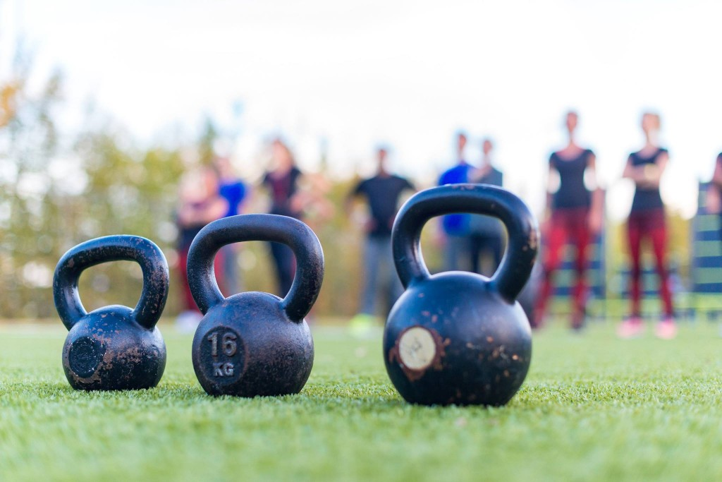 HealthCity_fitgirls_outdoor_bootcamp