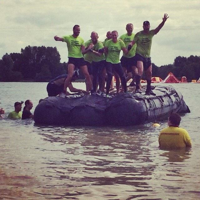 obstacle_run_fitgirls