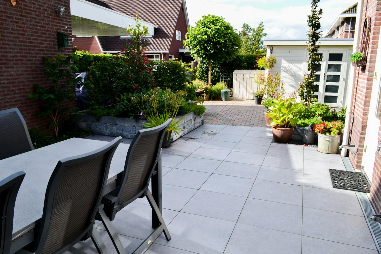 Grote tegels | Tuin ideeën