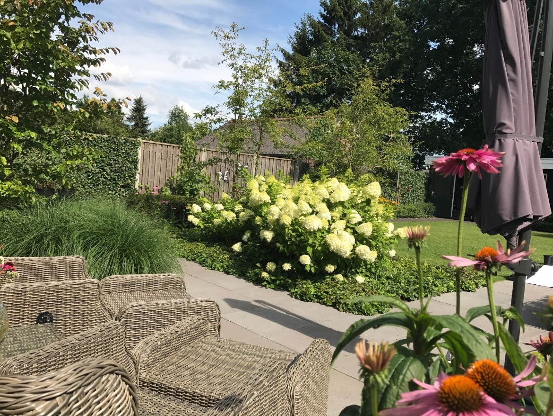 Romantische tuin | Zithoekje