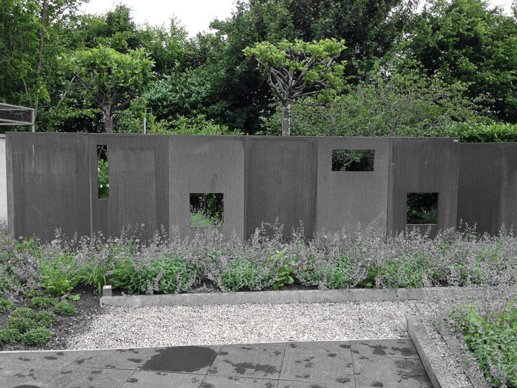6 tips om twee verschillende schuttingen op elkaar af te for Schutting tuin