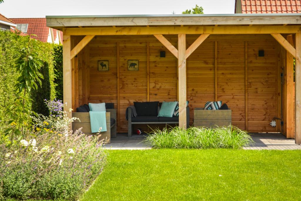 Tuin Met Overkapping : Overkapping in tuin maken waar moet je op letten voordat je begint