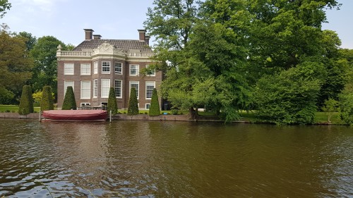 vecht-river-country-house