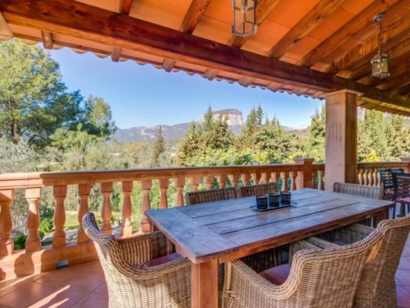 Uitzicht vanaf de villa op Mallorca