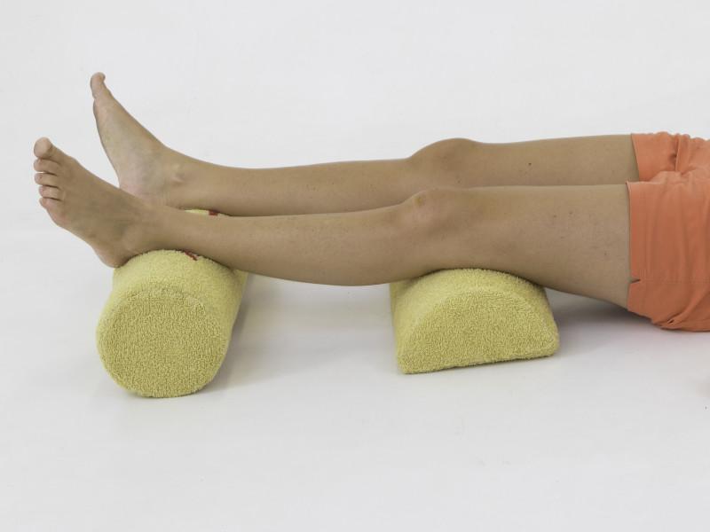 Fysio Maaike op restless legs kussen