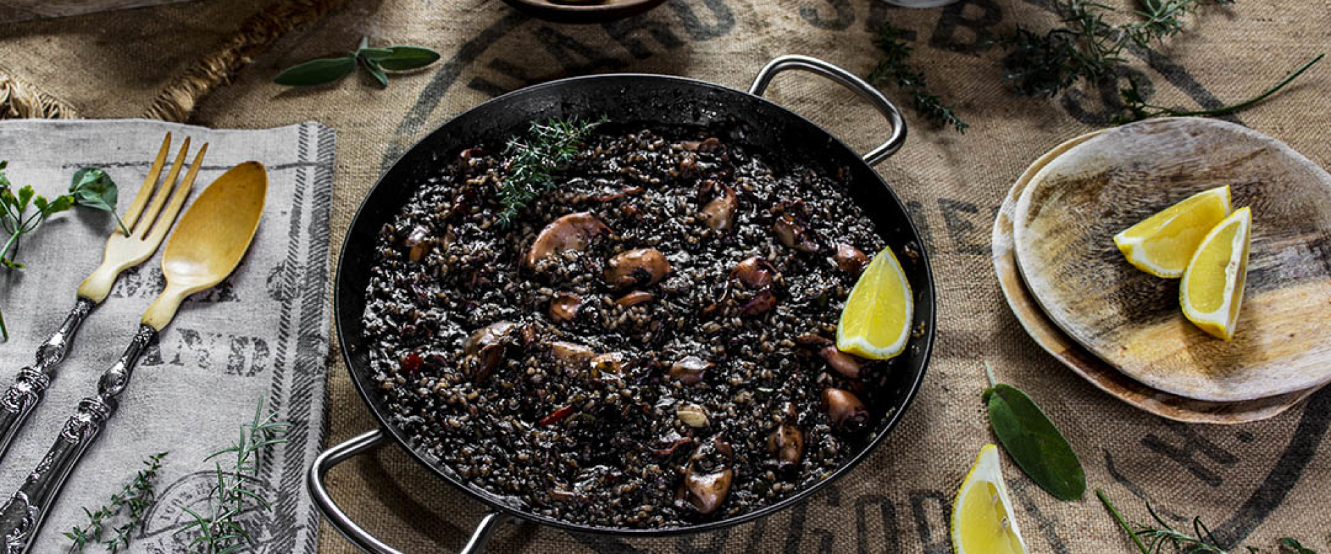 Arroz Negro ( zwarte paella)