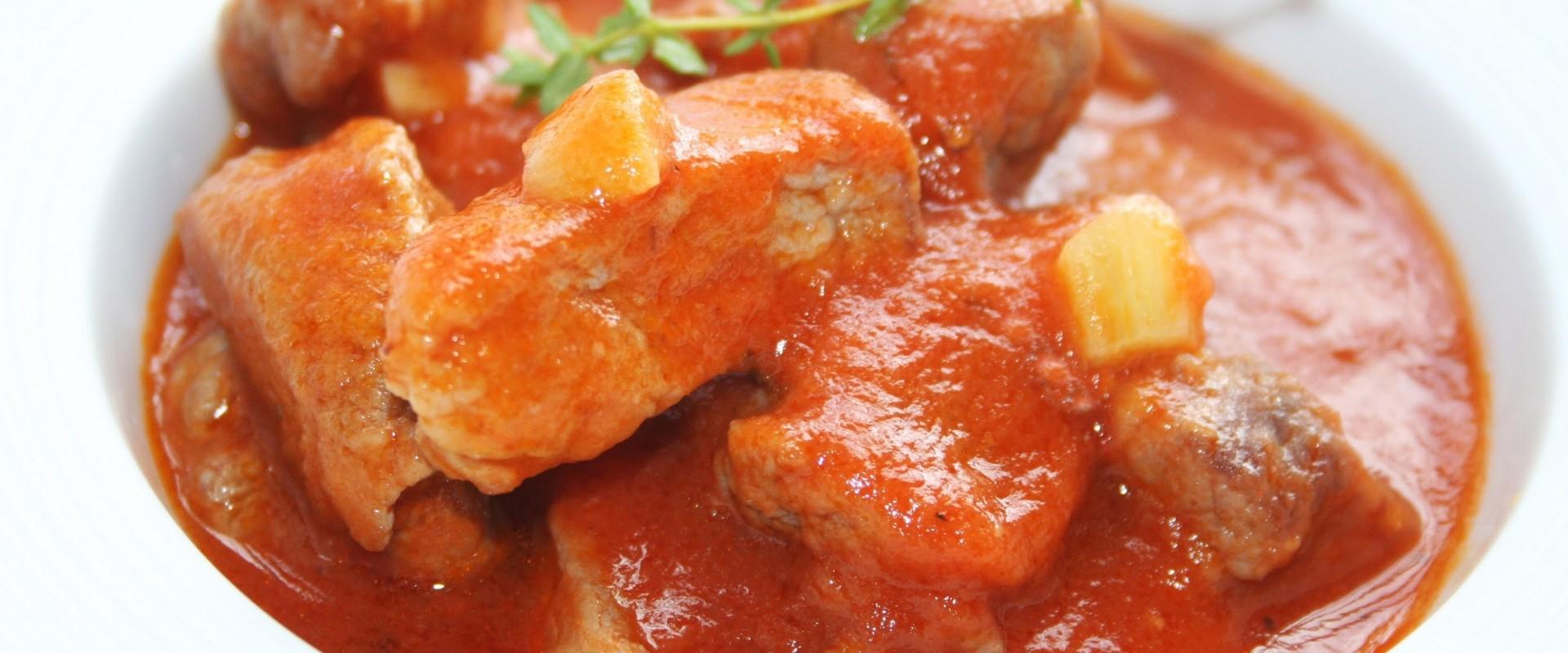 Magro con Tomate (Varkensvlees in tomatensaus)