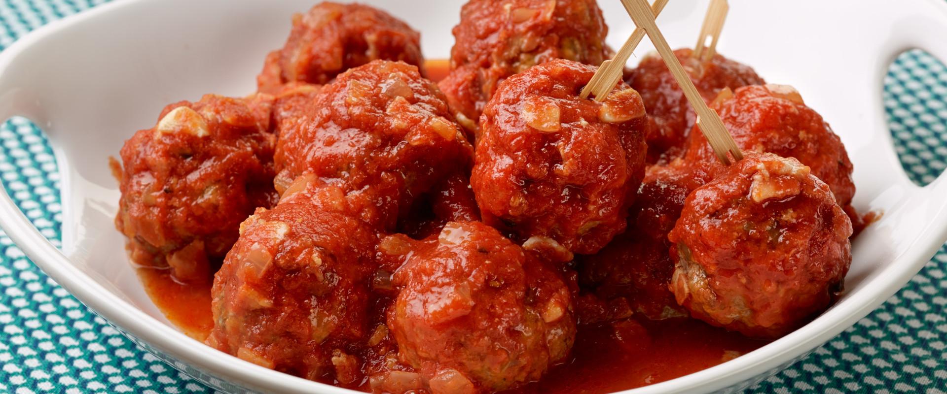 Spaanse gehaktballetjes - Albóndigas con salsa tomate