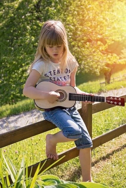 gitaar leren spelen kind