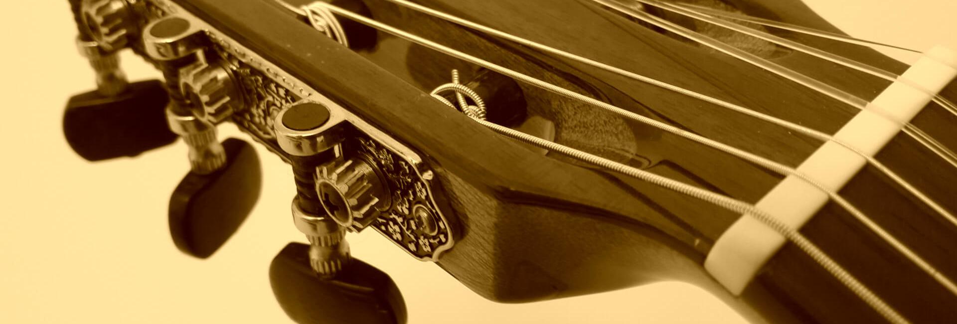 kop van klassieke gitaar