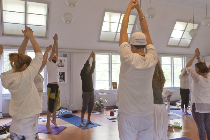 introductie training kundalini yoga waarin je de basis leert over kriya meditatie en pranayama