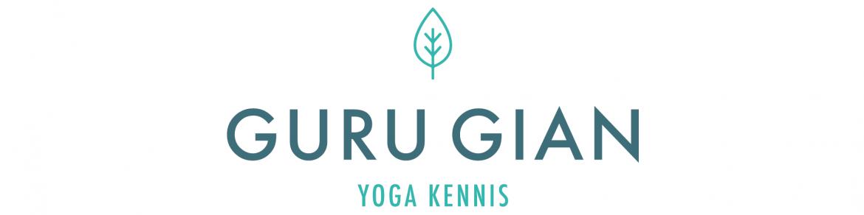 Kundalini Yoga coach en leraar Guru Gian live tijdens workshops, opleidingen, lessen en retraits