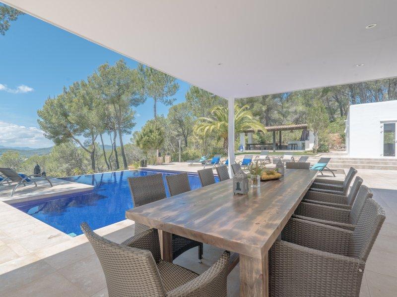 Villa met zwembad kundalini yoga retraite Ibiza