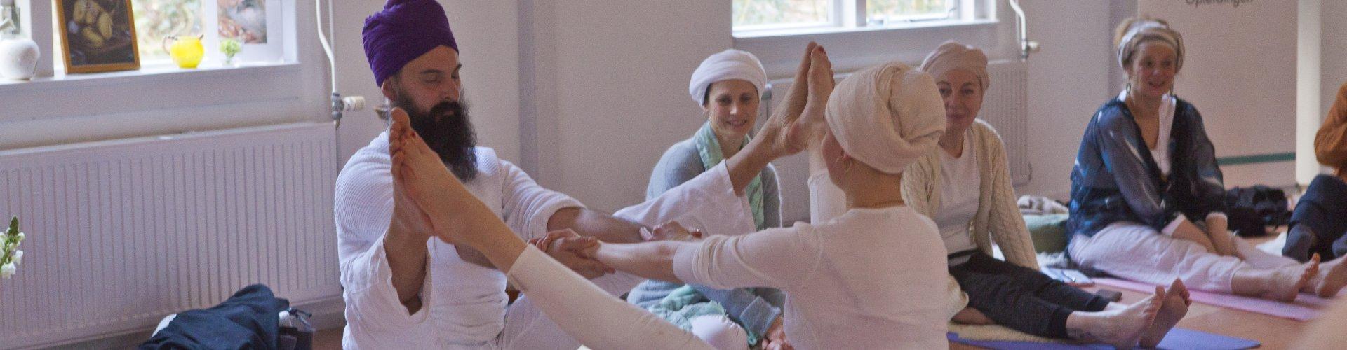 yogi workshop kundalini yoga meditatie guru gian kracht energie spiritualiteit amsterdam verdieping