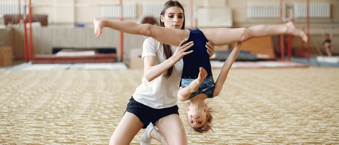 Explicit learning in gymnastics; a few examples in this article