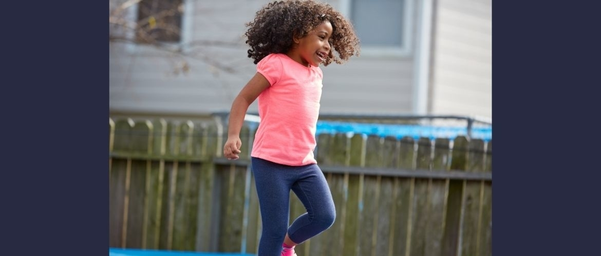 Hopping, how do you teach toddlers in kindergarten lessons?