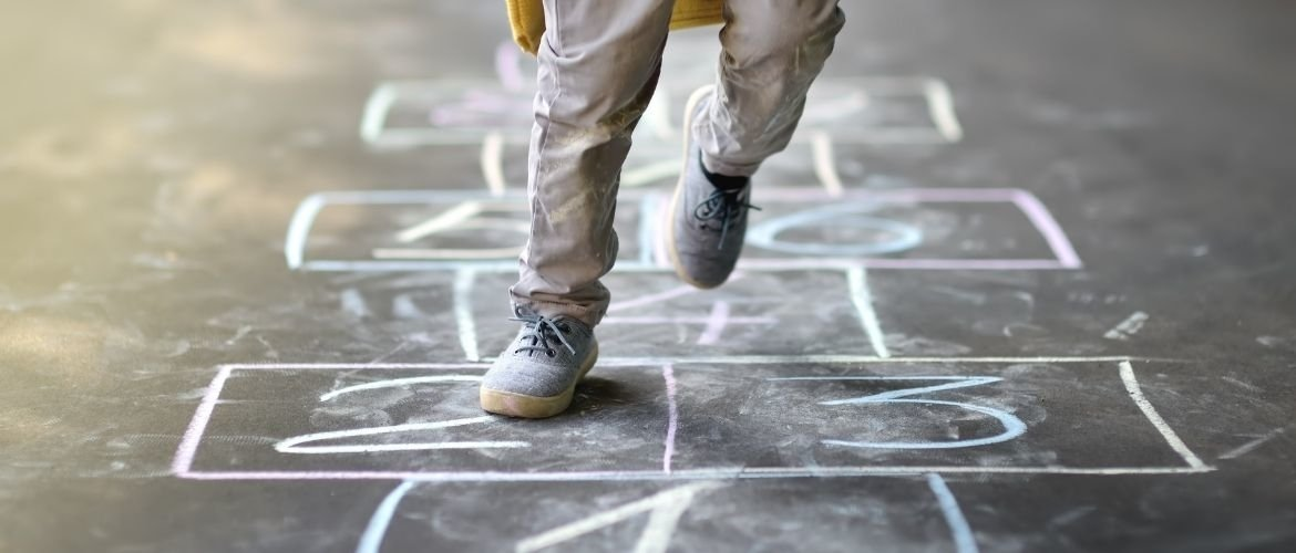 Hopscotch in gym class; how to teach it to toddlers?