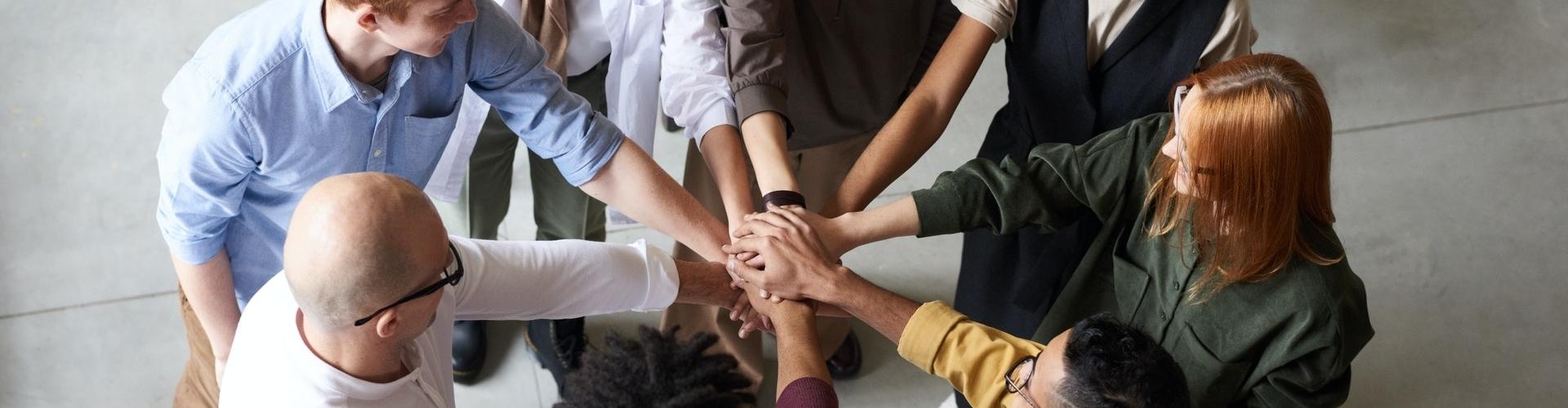 Ontwikkel als team van happyholics en bereik grote successen