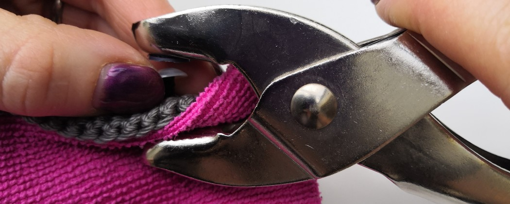 Veiligheidsogen vastzetten zonder pijnlijke vingers? Dat kan!