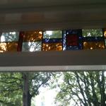 glas-in-lood ramen kunnen in dubbelglas gezet worden. u houdt dan de prachtige ramen zonder de nadelen van glas-inlood