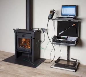 Meetapparatuur voor het meten van de uitstoot van fijnstof bij houtkachels