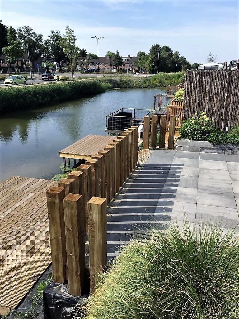 aanleg steiger tuin in Nesselande