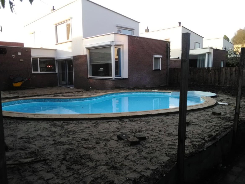 aanleg zwembad in Rotterdam Nesselande