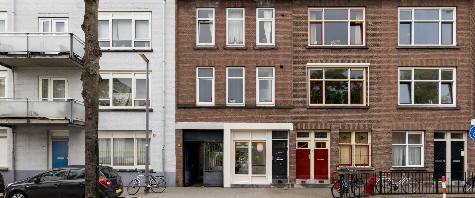 Te koop Volledig gerenoveerd 2 kamer appartement in Rotterdam