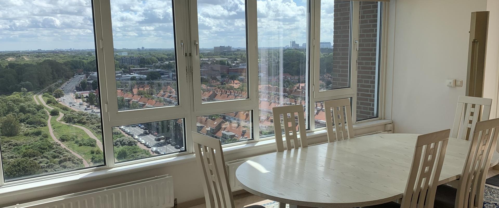 Penthouse te koop in Den Haag --> PENTHOUSE MET OVERWELDIGEND PANORAMISCH UITZICHT!